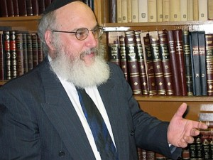 Равин Бенджамин Хехт