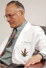 Д-р Микурия