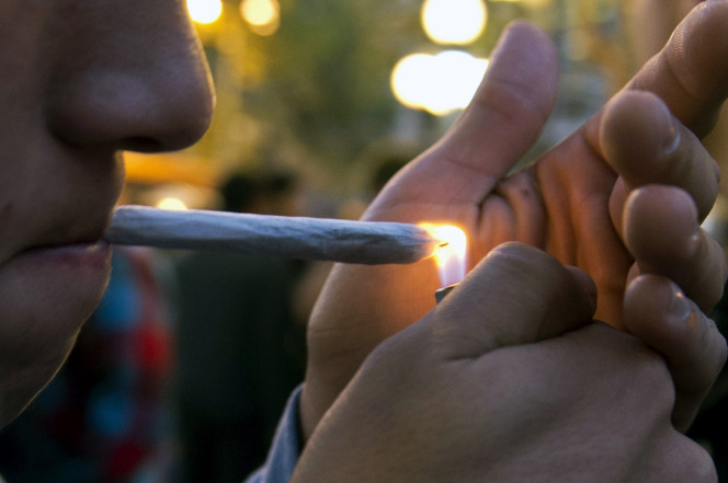През 2015 полицията на Ню Йорк е извършила с 40% по-малко арести за притежание на марихуана